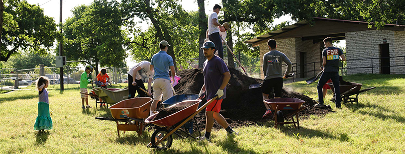 Mulching day at Patterson Park Aprl 2017